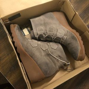 Sorel wedge heel boots